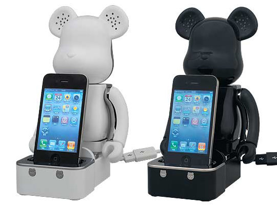 medicom bearbrick ipod iphone speaker system 1 Bearbrick iPhone/iPod Speaker System From Medicom