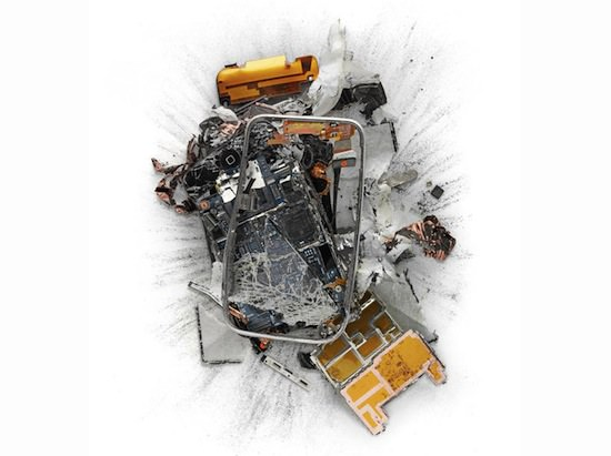 ap06 A Series Of Smashed, Mangled, Shot Up & Melted Apple Products [Pics]