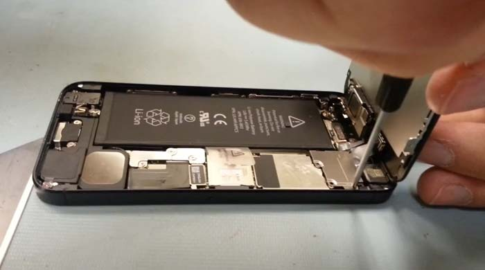 how much to replace iphone 5 screen how to replace your iphone 5 s screen in 3 minutes 19802