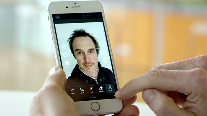 What is the future of the selfie? - Amateur Photographer